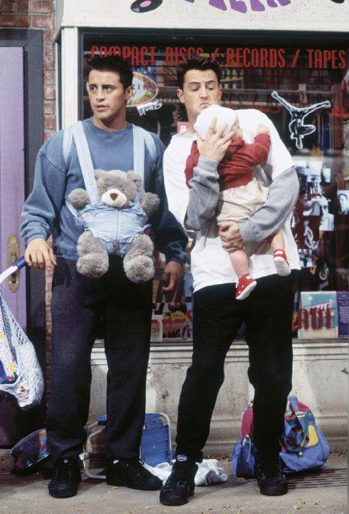 Still of Matt LeBlanc and Matthew Perry in Friends (1994)