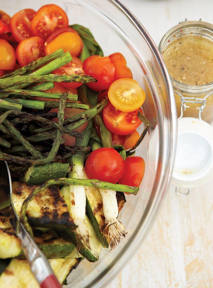 Recette de Ricardo de salade de légumes grillés à l'ail