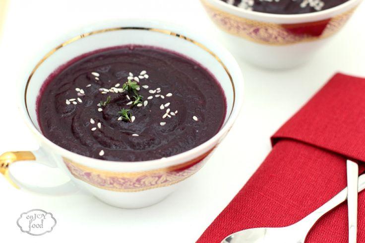 Purple carrot cream soup - Supa crema de morcovi lila