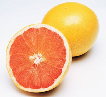 Best Lung Cancer Fighter -- Grapefruit -- A grapefruit a day can reduce your risk of developing lung cancer by up to 50 percent. Grapefruit contains naringin, which may help lower levels of cancer-causing enzymes.