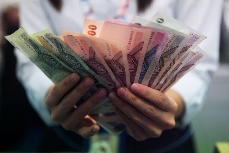 Фотография обмен валюты Таиланда