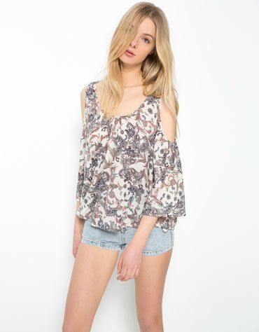 Bershka Islas Canarias - Camisa Bershka detalle hombro