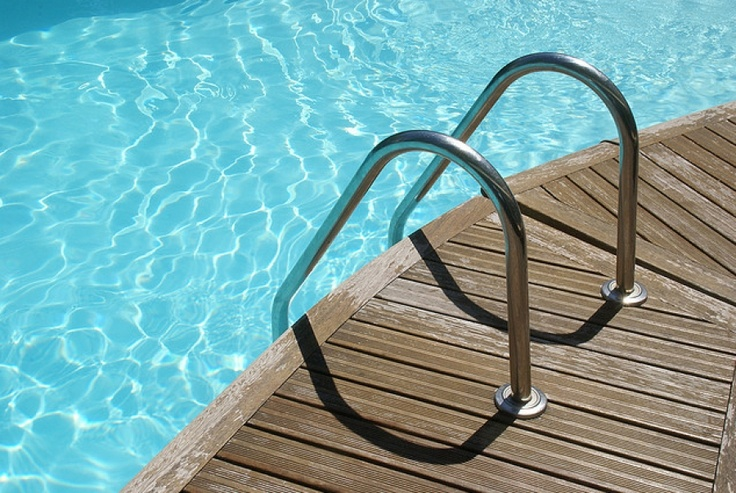 9 Common Swimming Pool Maintenance Mistakes