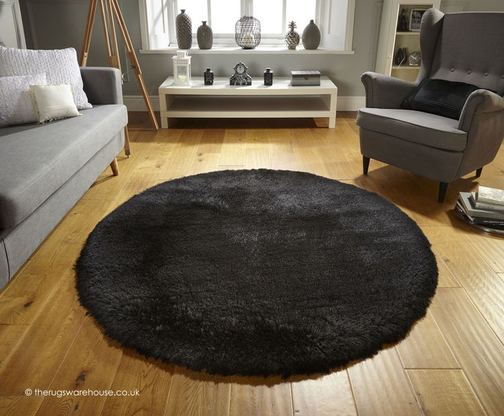 Pearl Black Circle Rug, a super soft heavyweight handmade shaggy rug (100% polyester, hand-tufted) http://www.therugswarehouse.co.uk/round-rugs/pearl-circle-rugs/pearl-black-circle-rug.html #roundrugs #rugs #modernrugs
