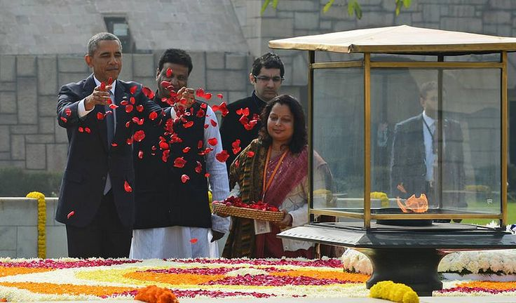 Barrack Obama paying Floral Tributes to Mahathma Gandhi