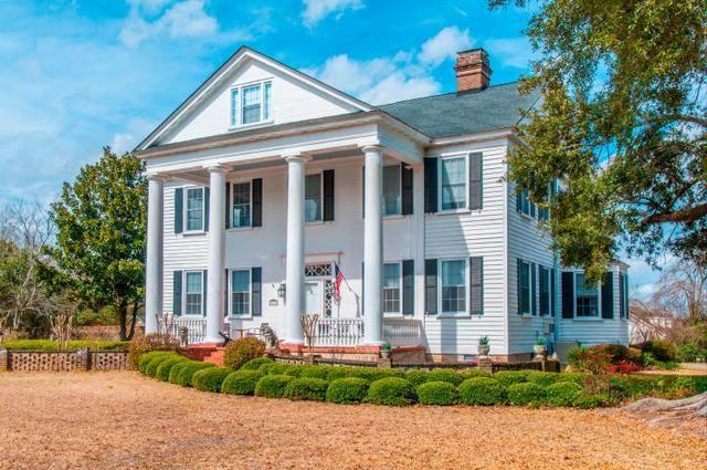 Off-market - See photos and descriptions of 366 Avenue Of Oaks, Moncks Corner, SC 29461. This Moncks Corner, South Carolina Single Family House is 7-bed, 4.5-bath, recently sold for $1,200,000 MLS# 15005548. Casas de venta en Moncks Corner, SC.