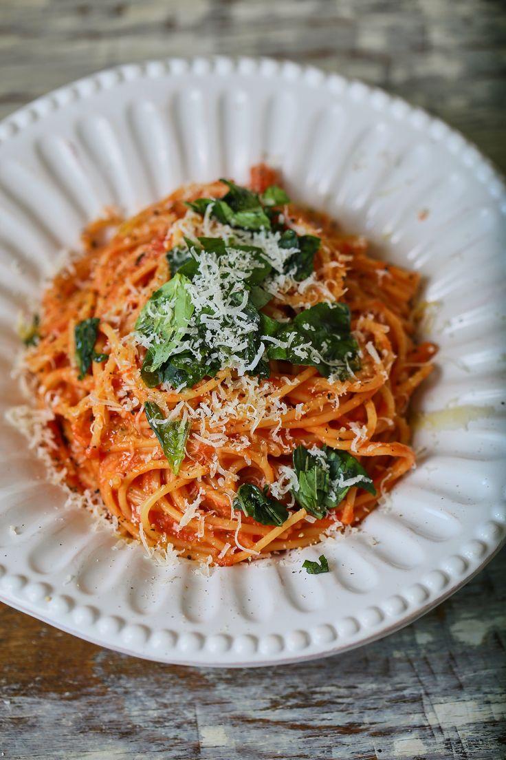 A legkrémesebb paradicsomos spagetti • Fördős Zé Magazin