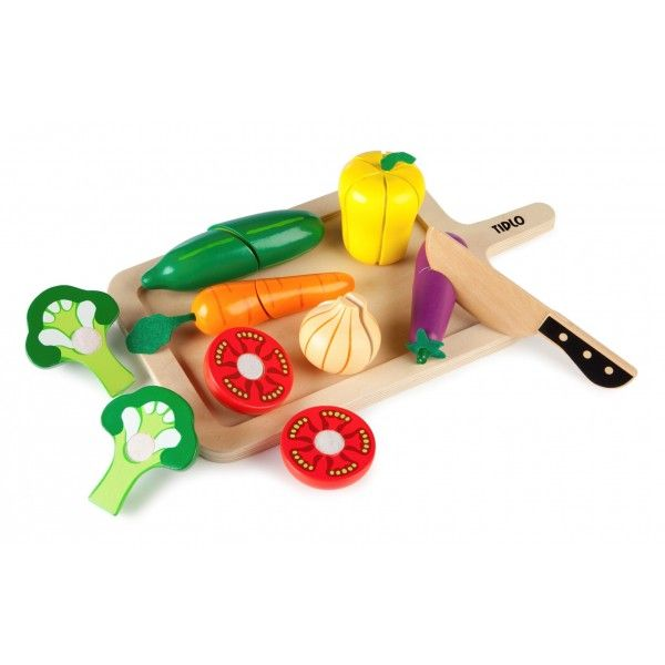 The Tidlo Cutting Vegetables is a lovely wooden toy play food set. #woodentoys