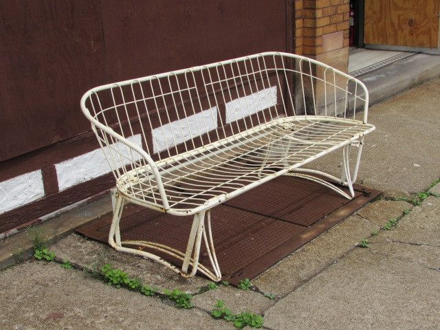 Vintage Homecrest Metal Glider, Patio Or Porch Loveseat / Sofa Furniture.