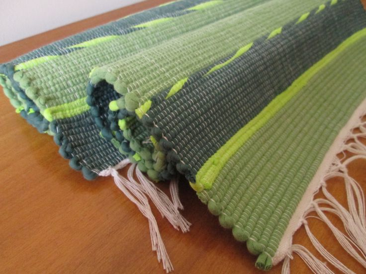 Handmade woven placemats | Set of 2 | Home decor | Washable placemats | by colorfulstripeshome on Etsy