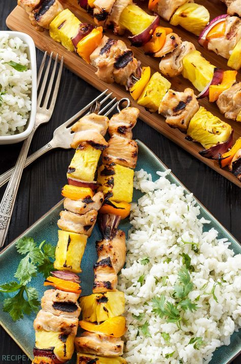 Hawaiian Chicken Skewers with Cilantro Coconut Rice | Grilled Chicken and pineapple are a delicious Hawaiian combination in these easy to make skewers..!!