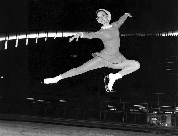 Знаменитая американская фигуристка Пегги Флеминг на олимпиаде в Колорадо Спрингс, США, 1968 год