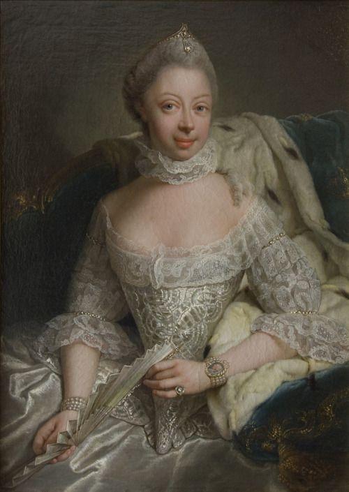 1762 Georg David Matthieu - Charlotte of... | History of fashion