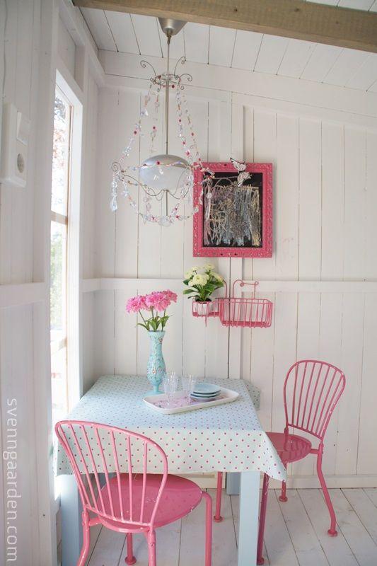 Comedor rosa ideas para decorar y organizar el hogar for Comedores para el hogar