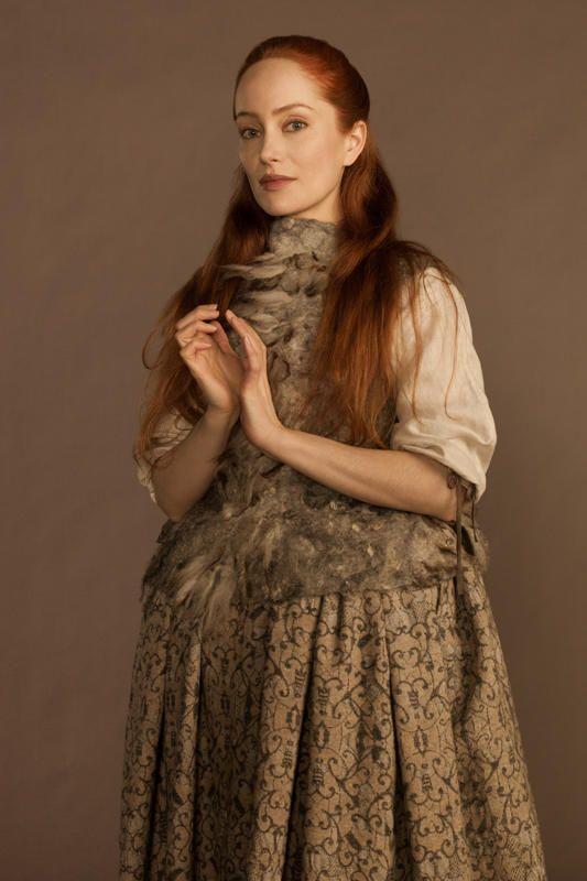 'Outlander' Season 1: Lotte Verbeek as Geillis Duncan wearing a unique felted piece on top
