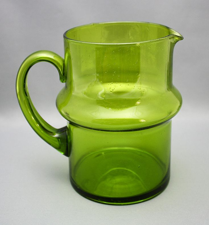 """Talonpoika"" blown pitcher, Humppila glass factory, 1970. Photo from www.astiataivas.fi"