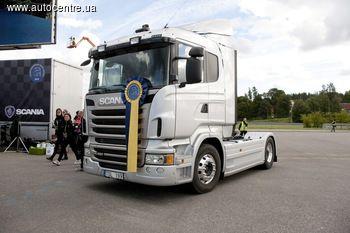 Scania знову запрошує водіїв вантажівок в різних куточках світу взяти участь в змаганнях «Молодий водій вантажівки» - наймасштабнішої події в сфері навчання та вдосконалення навичок керування. Україна вперше приєдналася до глобальної концепції.