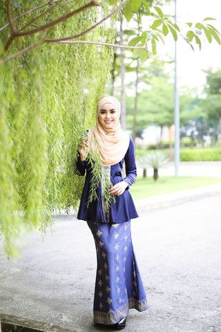 Kyla Songket Navy Blue | MINIMALACE
