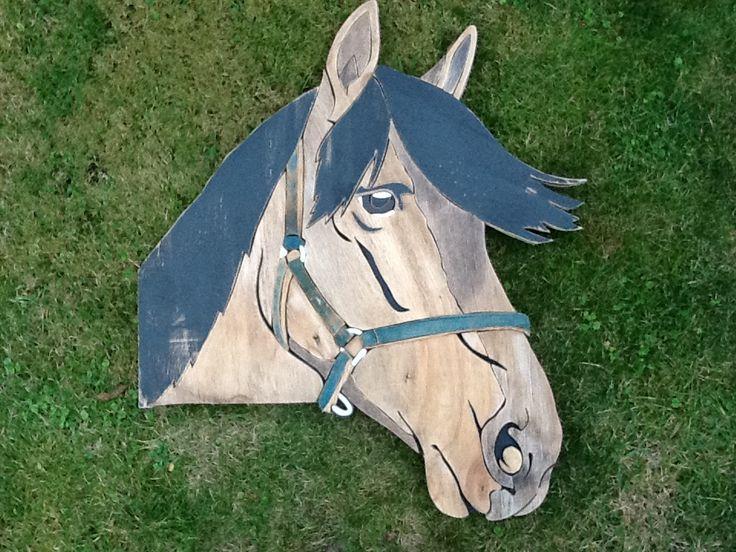 Paard / horse nr 7 afm. 60 x 60 cm geheel gemaakt van sloophout