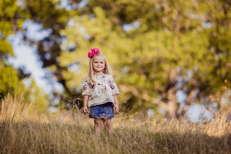 toddler girl, kids photography, outside shoot, park setting photography, golden hour, bokeh, Cleveland, Ohio Kids Photographer