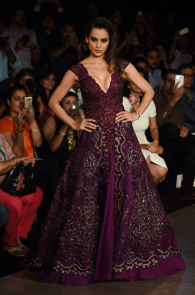Kangana Ranaut for Manav Gangwani. | Here's What Bollywood Celebrities Wore On The Ramp At Amazon India Couture Week