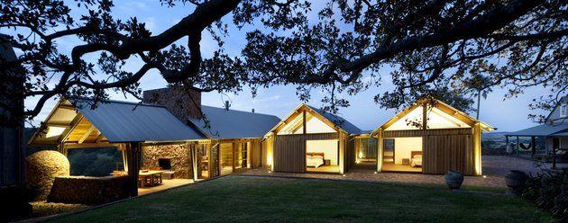 dramatic-ceilings-glass-walls-define-jamberoo-farm-house-6-dining-bedrooms.jpg