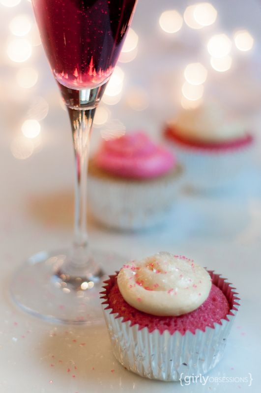 Pink champagne cupcakes. Champagne buttercream frosting. Sparkly pink goodness.