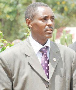 SHIKAMA   : Senateri Mucyo Jadediye (Jean de Dieu) wavuze ko a...