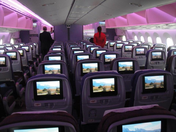 LAN's first Boeing 787 Dreamliner commercial flight flew from Santiago, Chile to Buenos Aires, Argentina Monday October 1!
