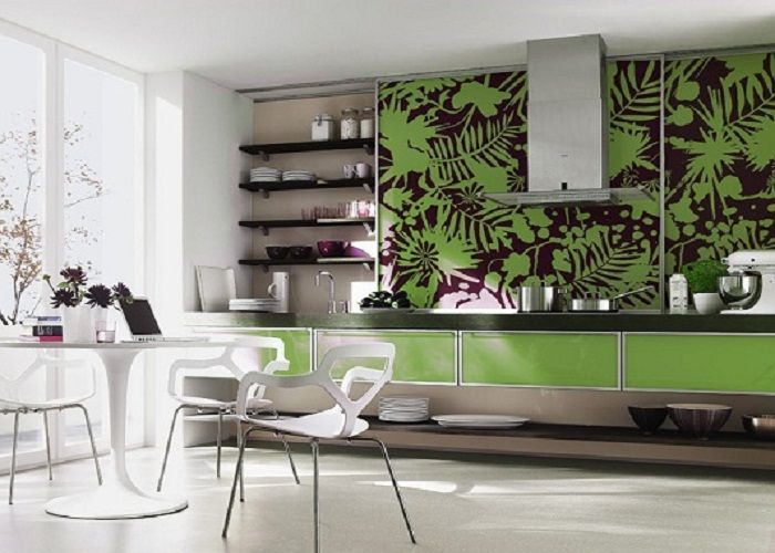 Marvelous Exotic And Fresh Interior Kitchen Decoration With Green Color Accent