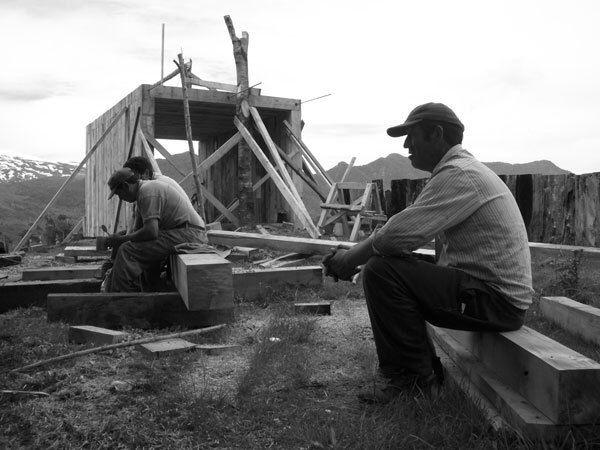 Proceso constructivo mirador pinohuacho. Chile. Grupotalca 2006.