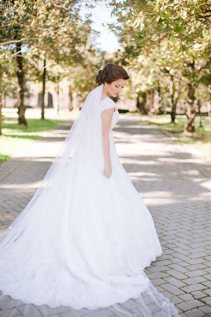 157 best Hochzeitskleid images on Pinterest | Wedding dressses ...
