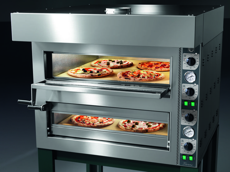 Place it on a counter or on a stand, the Tiziano's independent top and bottom temperature controls allow for complete control with the smallest footprint.