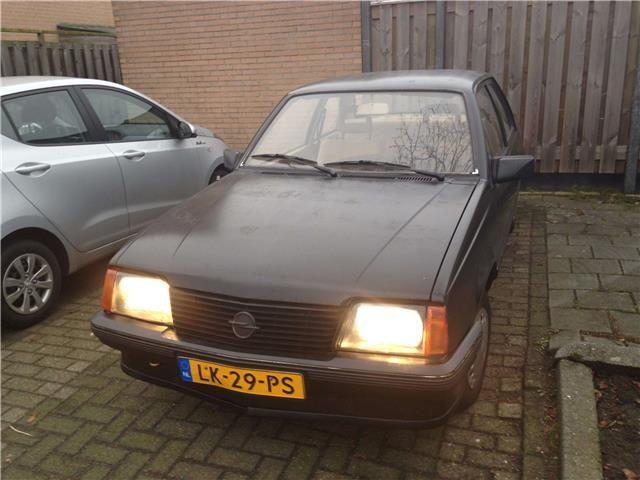 Opel Ascona 1.3 S LS H4 - 0