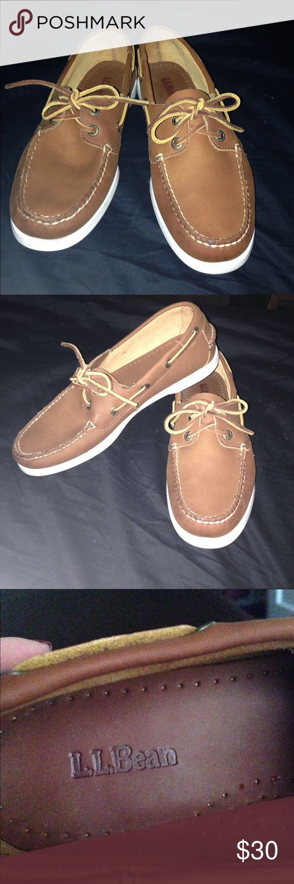 NWOT* Men's LL Bean shoes Handsome shoes.. Genuine boat shoe. Amazing condition, great brand! Hardly worn. Great purchase for this holiday season!!! L.L. Bean Shoes Boat Shoes