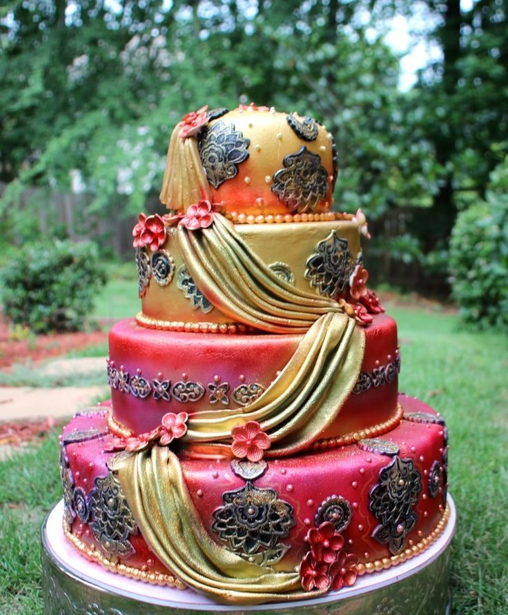 Stunning Indian Wedding Cake.