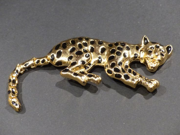VINTAGE CROUCHING LEOPARD Pin / Brooch by GOLLYWOODBOULEVARD on Etsy   $15.20