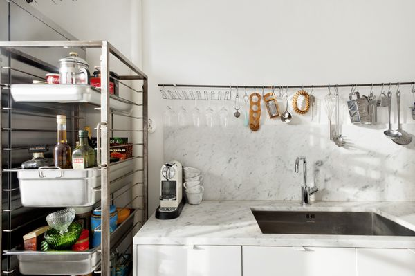 like this no-nonsense industrial sort of kitchen!  emmas designblogg - design and style from a scandinavian perspective