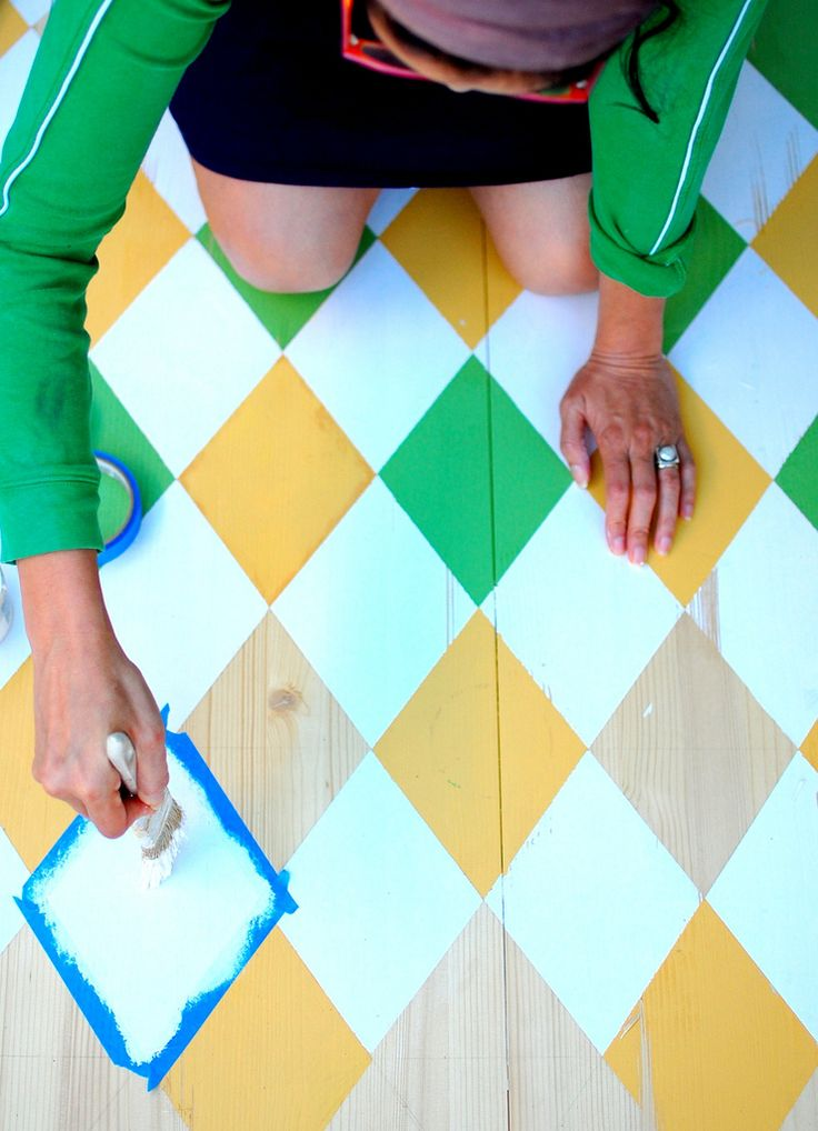 Argyle Painted Floors #floor #yellow # green