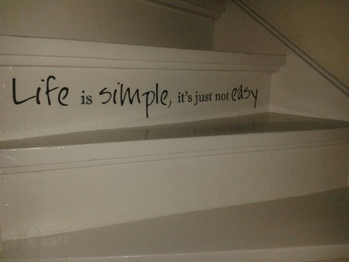 Onze trap, Om en om een tekst van de Action er op!