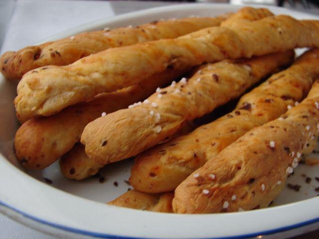 Můj blond blog: Grissini se sušenými rajčaty a balkánským sýrem