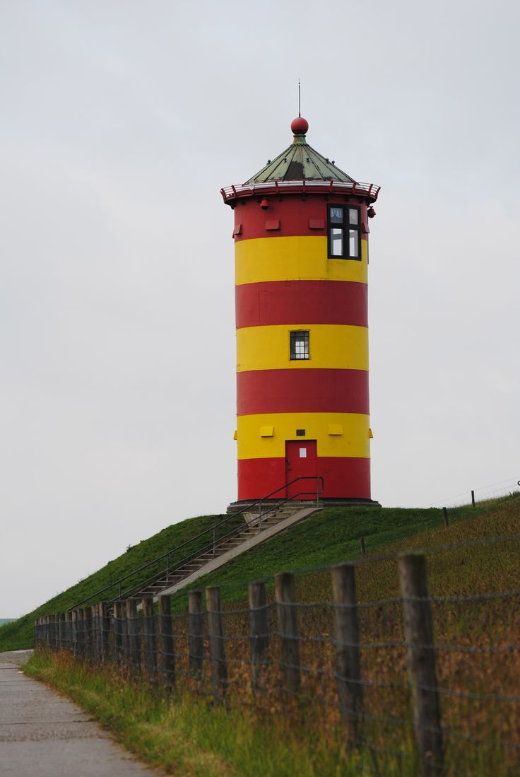 Lighthouse  Pilsum, Germany, Northsea dikeNorthsea Dike, Madame Bazaars, Rhine Lights House, North Sea, Lighthouses Pilsum, Lighthouses Lightship, Guide Lights, Germany, Stripes