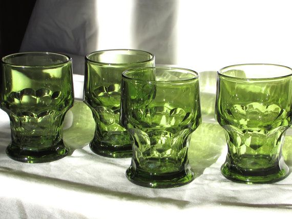 Green Drinking Glasses Set of 4 Avocado Anchor by LasLovelies