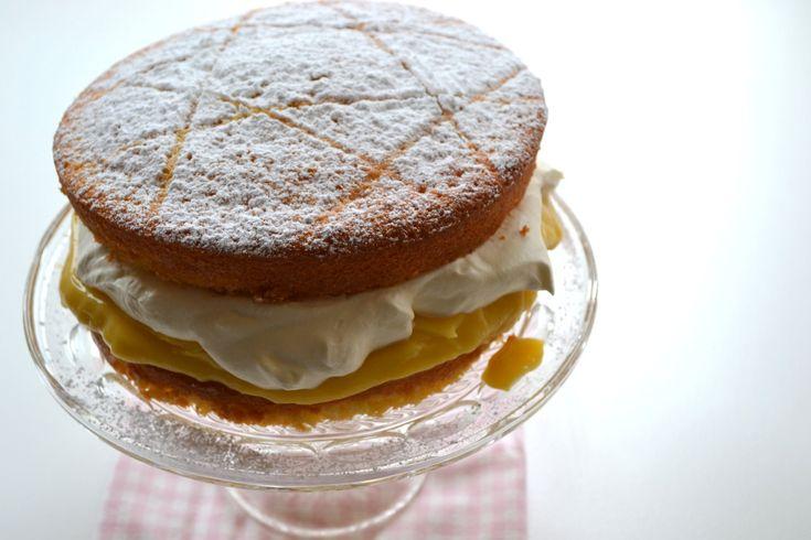 Lemon Sponge Cake - ILoveCooking