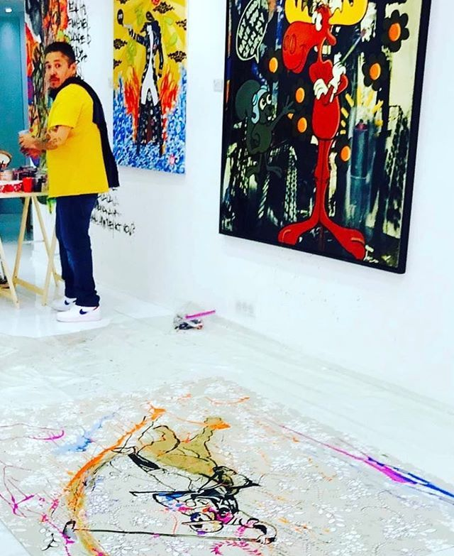 Miguel Paredes working at the Francl Gallery #newyork #magazine #design #designer #luxuryhomes #realestate #gallery #collector #artcontemporain #artnewyork  #paris #monaco #cannes #frenchriviera #nycart #streetart  #sainttropez #artfair #russia #moscow #cotedazur #france #yacht #contemporaryart #blog the #photooftheday - posted by Marc Francl https://www.instagram.com/marc.francl - See more Luxury Real Estate photos from Local Realtors at https://LocalRealtors.com/stream