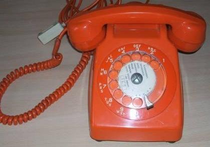 Téléphone vintage - would love this: Dial Telephone, Fun Memories,  Dial Phones, Téléphone Vintage
