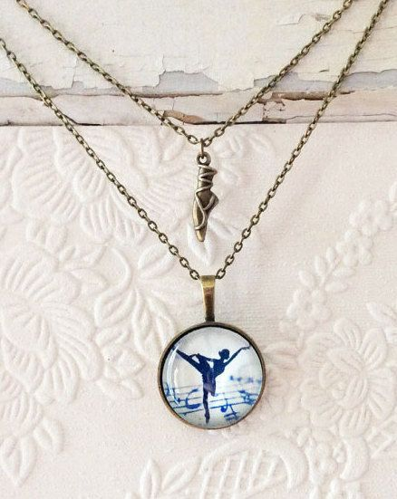 This is a very feminine layered ballet necklace! It is the perfect gift for your little swan and would also make a great gift for her ballet