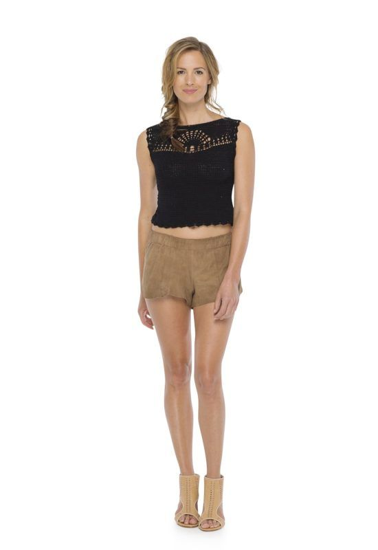 MERAKI TOP in Black -- Sleeveless top fit body Back with a hole in drop shape hand made crochet