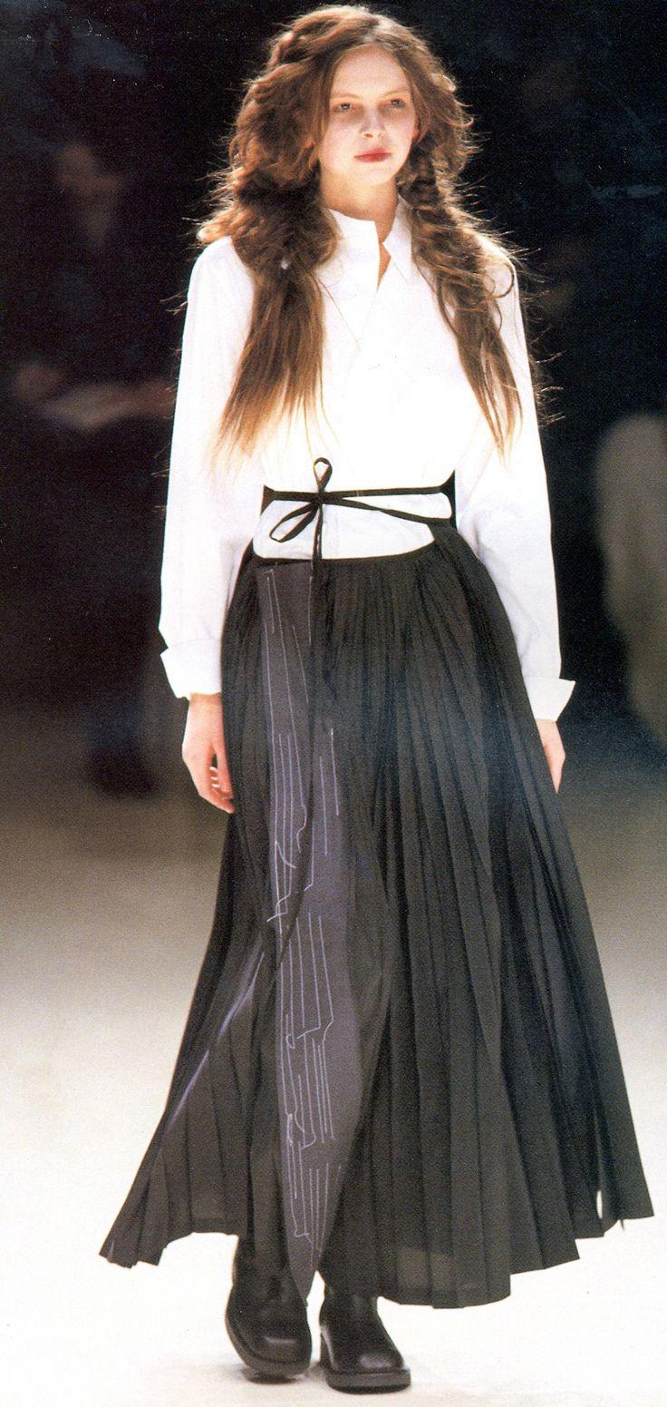 Yohji Yamamoto Fall/Winter 1999