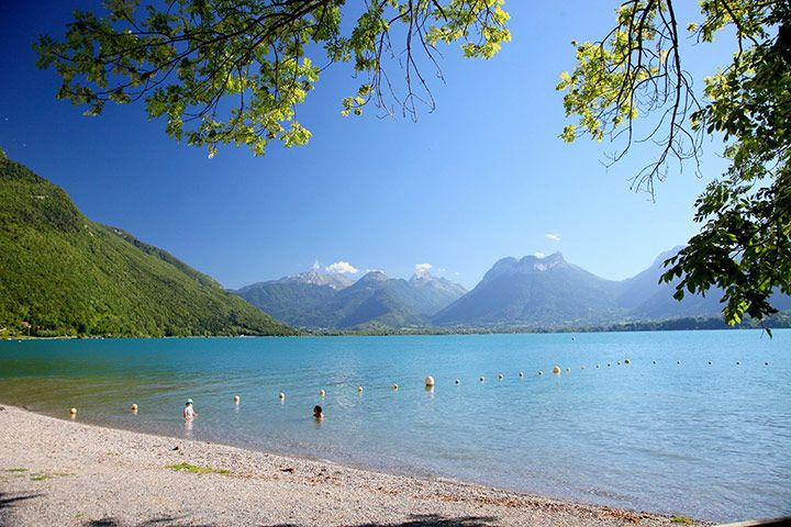 Dive in, the water's lovely ... wild swimming in France  Spriing fed Lac d' Annecy